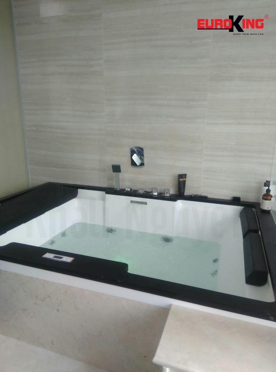 Bồn tắm EUROKING EU-1101C.
