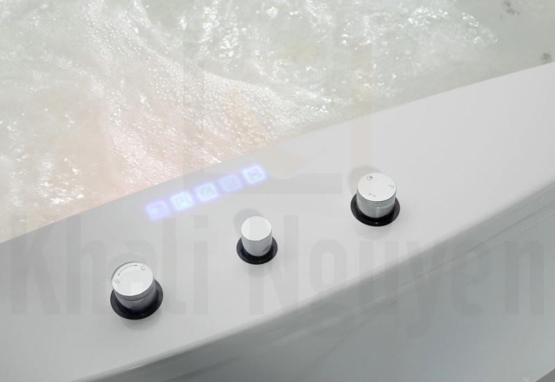 Công nghệ POP-UP trong thiết kế bồn tắm EU-1502