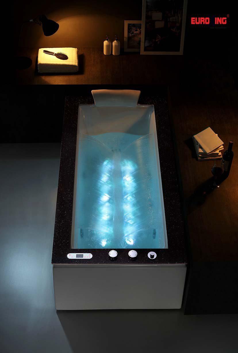 Tạo thác nước 2 bên của bồn tắm massage EU-1505.