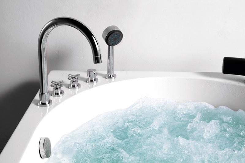 Vòi cấp nước, sen tay, và các van điều chỉnh trên thành bồn tắm NG-1212