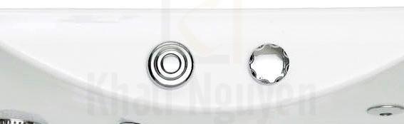 Nút khởi động và điều chỉnh các chức năng massage của bồn tắm