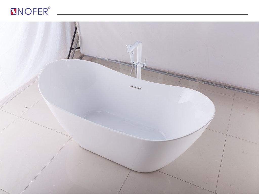 Bồn tắm NG-1870 được gia công hoàn toàn từ acrylic.