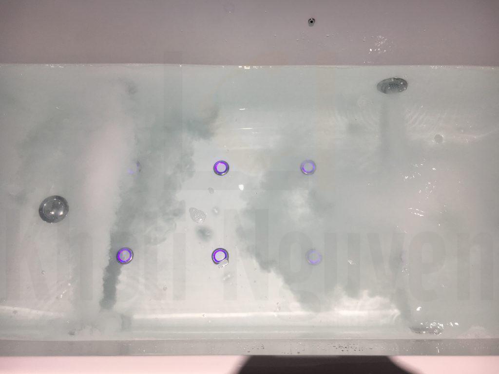 Công nghệ nanomilk trên bồn tắm NG-1870