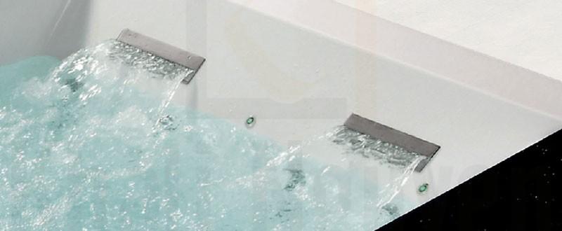 2 khe cấp nước của bồn tắm NG-1915D