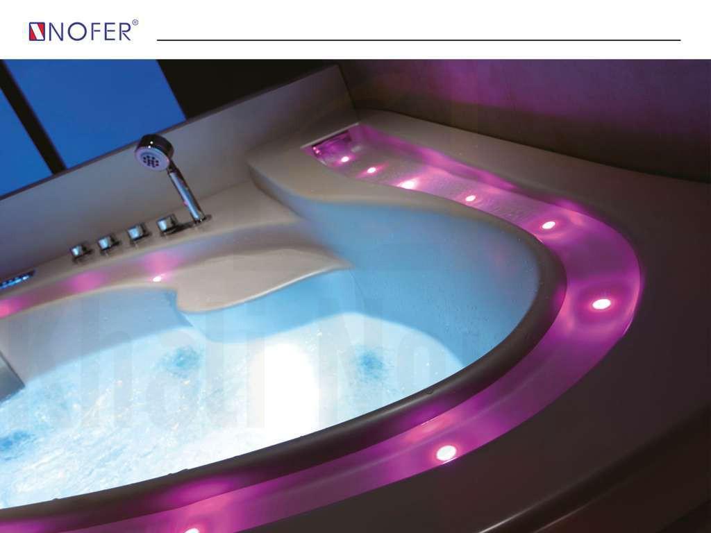 Hệ thống đèn của bồn tắm massage NG-3169D chuyển đổi màu