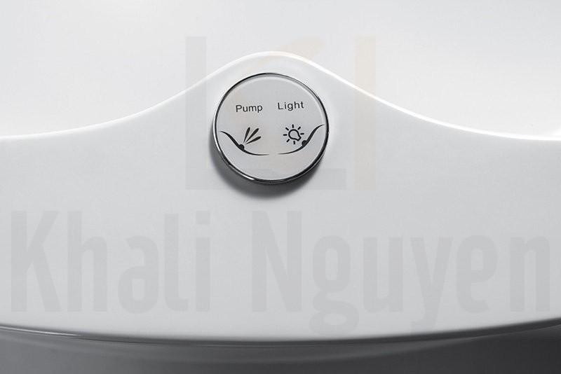 Bộ điều khiển các chức năng của bồn tắm NG-65103