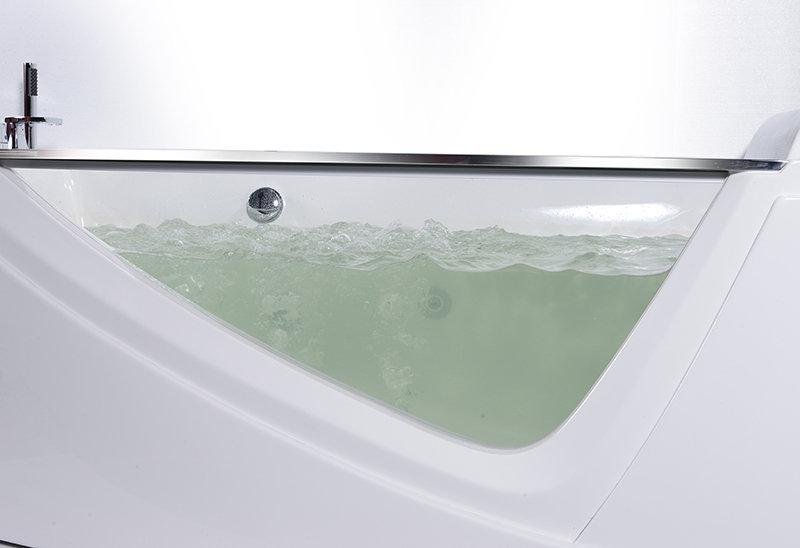 Thiết kế đặc biệt bồn tắm massage NG-65109B