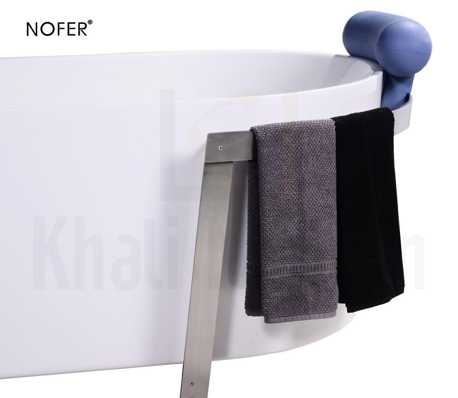 Phần khung thép có thể trở thành nơi vắt khăn trên bồn tắm NL-602